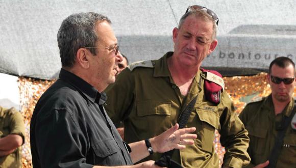 Le Ministre de la Défense Ehud Barak et le Chef d'État-major en visite dans le Nord