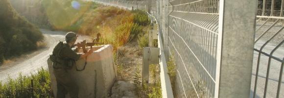Les terroristes avaient l'intention de mettre en danger la vie des soldats opérant le long de la clôture de sécurité entre Israël et la bande de Gaza