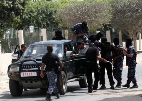 Le journaliste Mashharawi arrêté par les forces de sécurité du Hamas