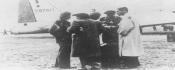 Des parachutistes juifs de Palestine sur une base aérienne en Tchéquoslovaquie, en septembre 1944